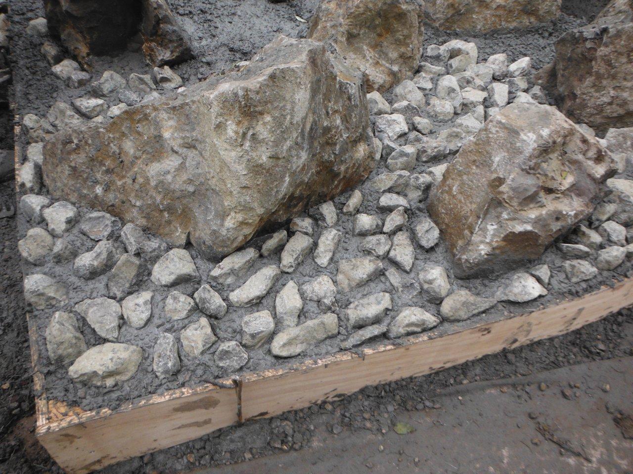 Smaller Stones Inset to Concrete Sharpsbridge